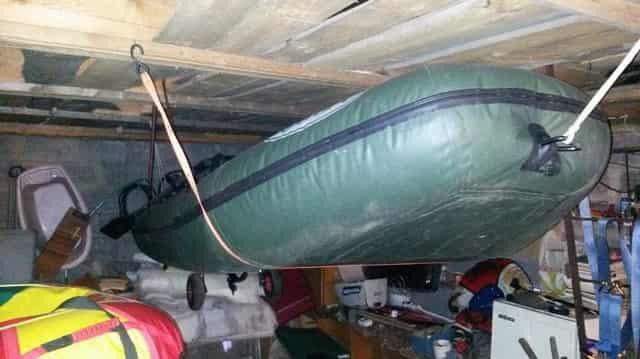 Как подготовить и хранить лодку зимой