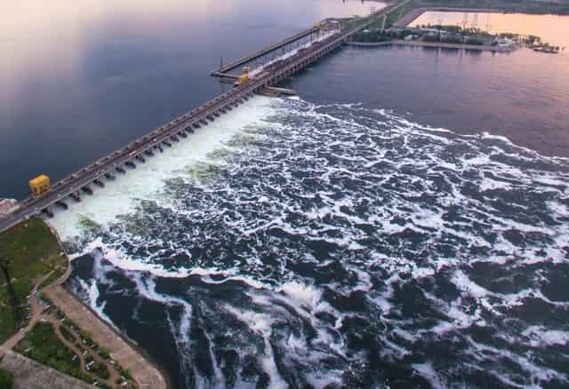Волгоградская ГРЭС - сброс воды