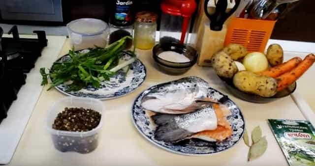 Продукты для ухи из красной рыбы