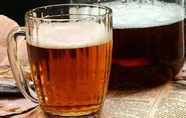 Как самому сварить домашнее вкусное пиво без специнструмента - рецепт для новичков