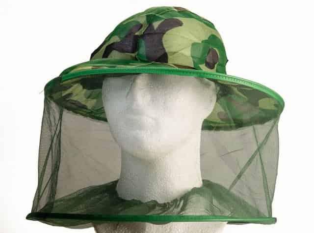 Защита шеи, головы и лица от комаров на рыбалке - панама с москитной сеткой
