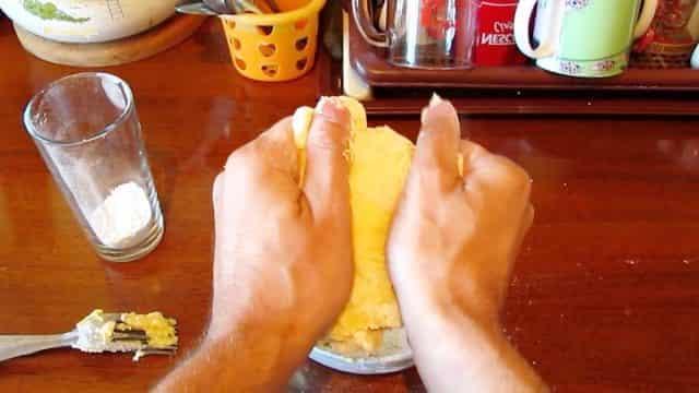 Дедовский рецепт приманки на мирную рыбу с секретом – с мёдом
