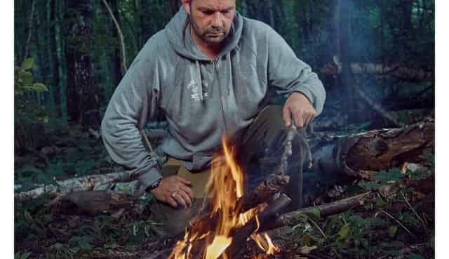 Добыть огонь и развести костёр