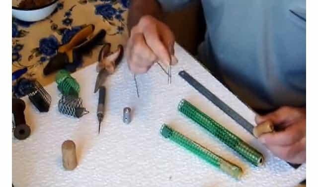 изготовление фидерной кормушки
