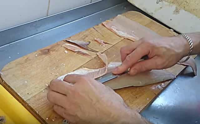 Удаляем кости с филе