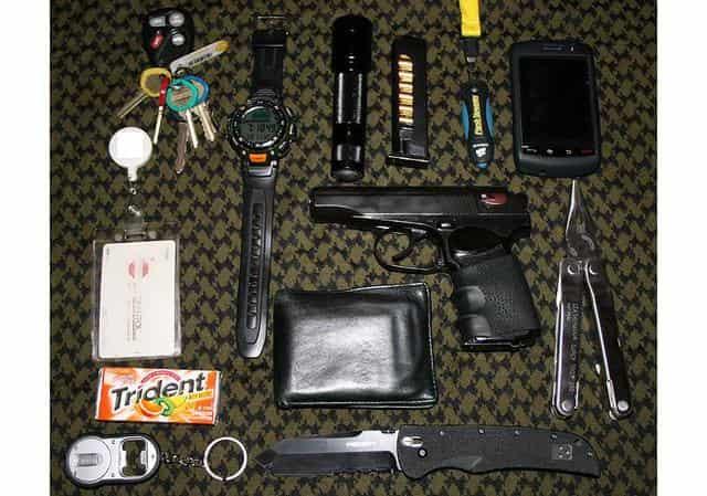 Что должно быть в кармане, чтобы выжить в городе (аварийный запас для города)