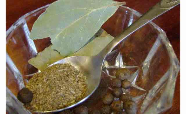 Лавровый лист от аромата тины