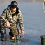 Новый дедовский способ, как спасти от холода и замерзания ноги на зимней рыбалке