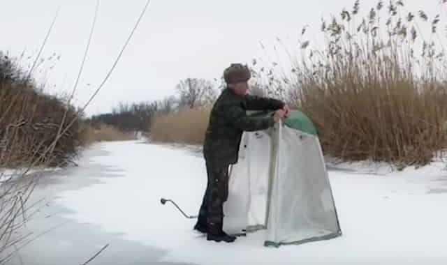 Дедушка, старый рыбак посоветовал очень простую, но эффективную палатку для зимней рыбалки