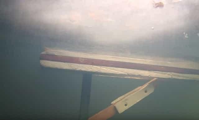 Как работает финская доска подо льдом
