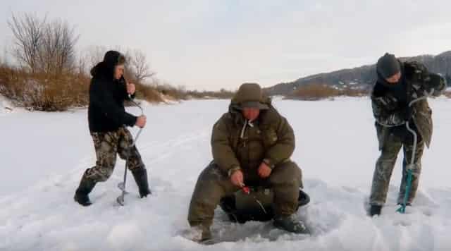 """Как избавиться от """"поджопника"""" на зимней рыбалке или что делать с """"аленятниками""""?"""