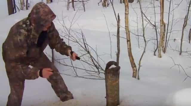 Как распилить дерево ручной самодельной пилой