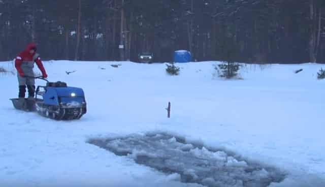 Мотособака под лёд