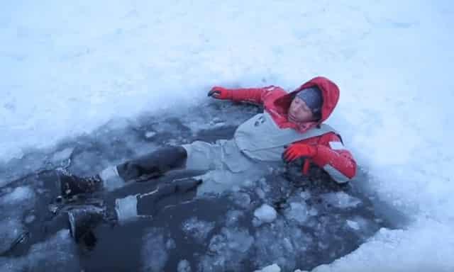 Непромокаемый костюм для зимней рыбалки Finntrail DRYSUIT 2501 RED