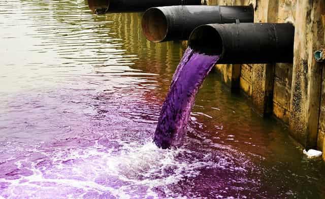 Сбросы химии в реки