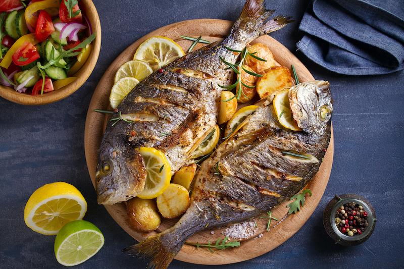 Аллергия на рыбу: причины, симптомы и лечение